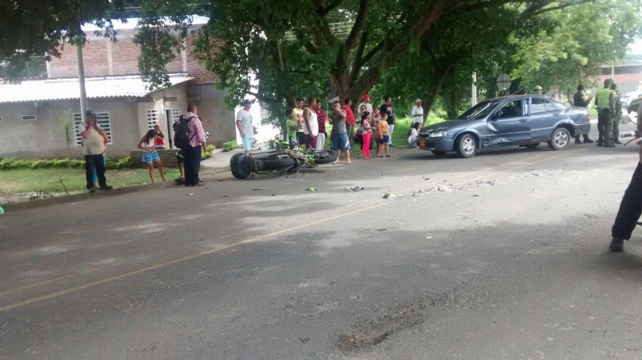 Accidente de tránsito en Roldanillo deja un policía muerto