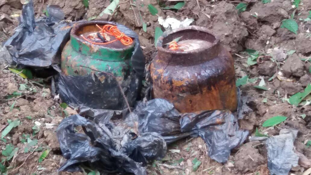 Ejercito desactiva seis cargas explosivas en San Pedro, Valle