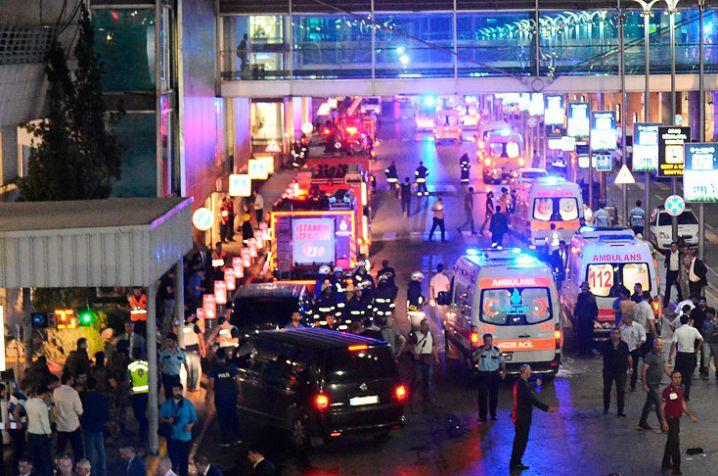 Cancillería trata de ubicar a 19 colombianos tras atentados en Estambul