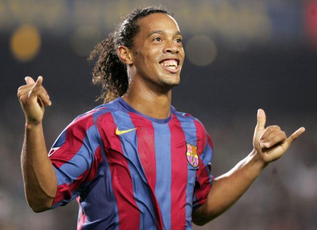 Ronaldinho disputaría un partido amistoso con el América de Cali