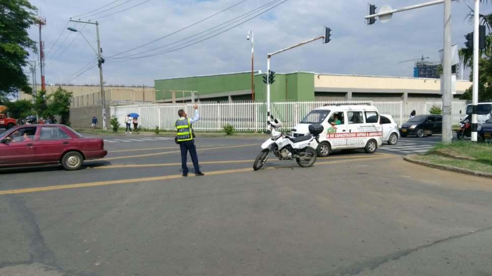 Secretaría de Tránsito atiende diariamente 40 semáforos en mal estado