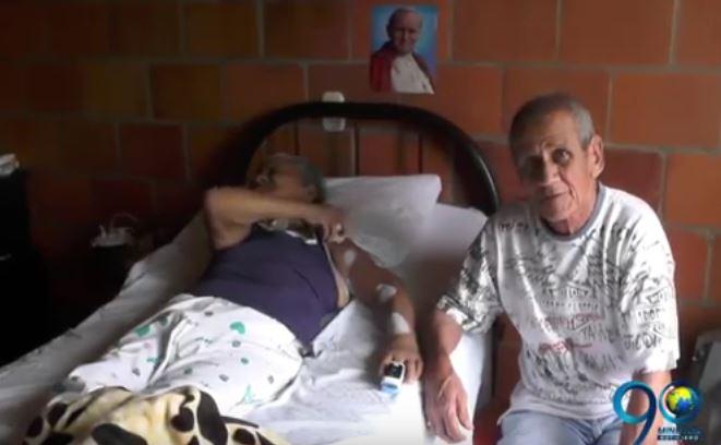 En Cartago, anciana reclama atención vital por parte de la EPS