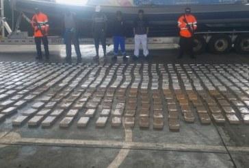 Incautan dos toneladas de cocaína avaluadas en 57 millones de dólares