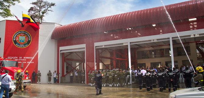 Inauguran moderna estación de Bomberos al sur de Cali