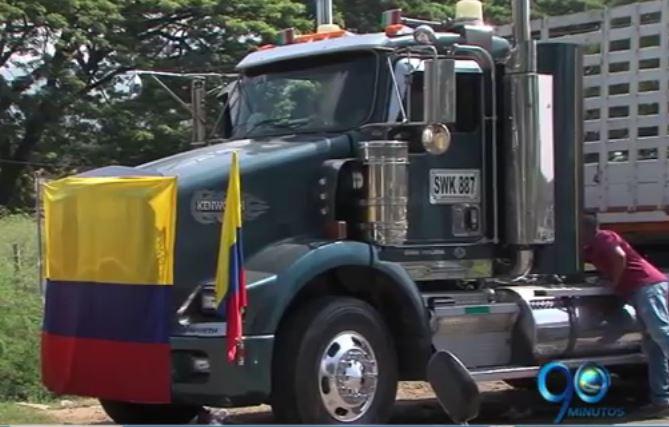 Fiscalía investiga a 8 líderes camioneros que adelantaron paro
