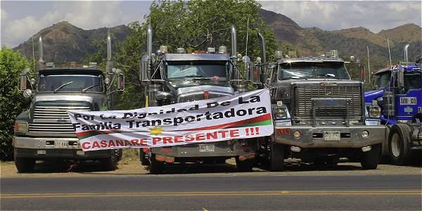 Santos ordenó cancelar licencias a quienes bloqueen las vías