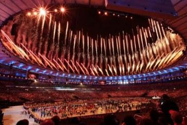 [Galería] Con música y color, se apagó la Llama Olímpica en Río