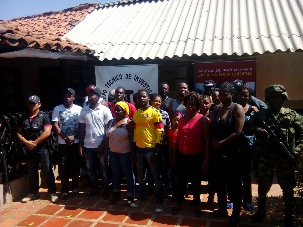 23 Haitianos deportados y un capturado por tráfico de migrantes