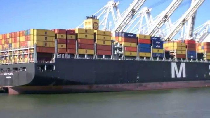 Llegó a Buenaventura el buque más grande que ha estado en Suramérica