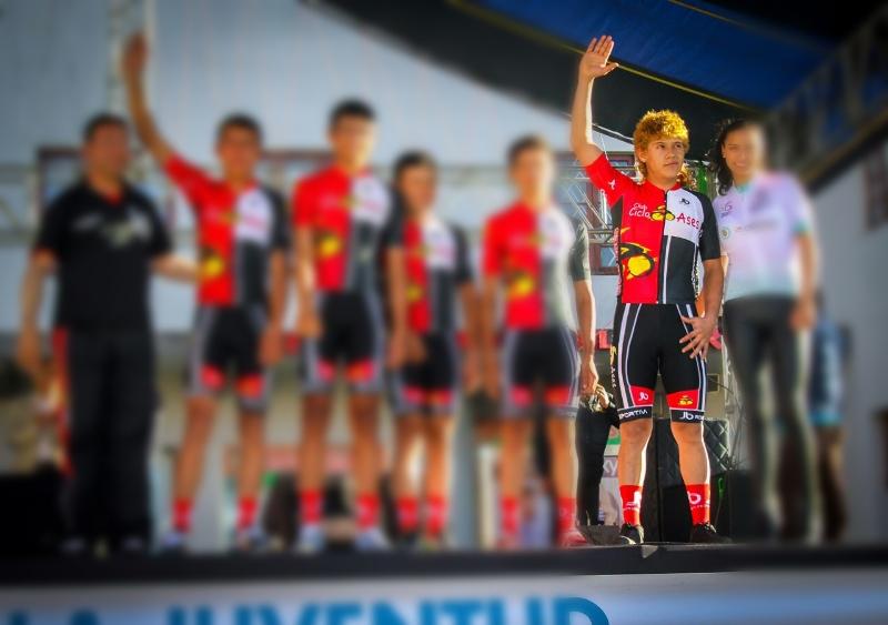 Muere ciclista cuando corría Vuelta de la Juventud en Nariño