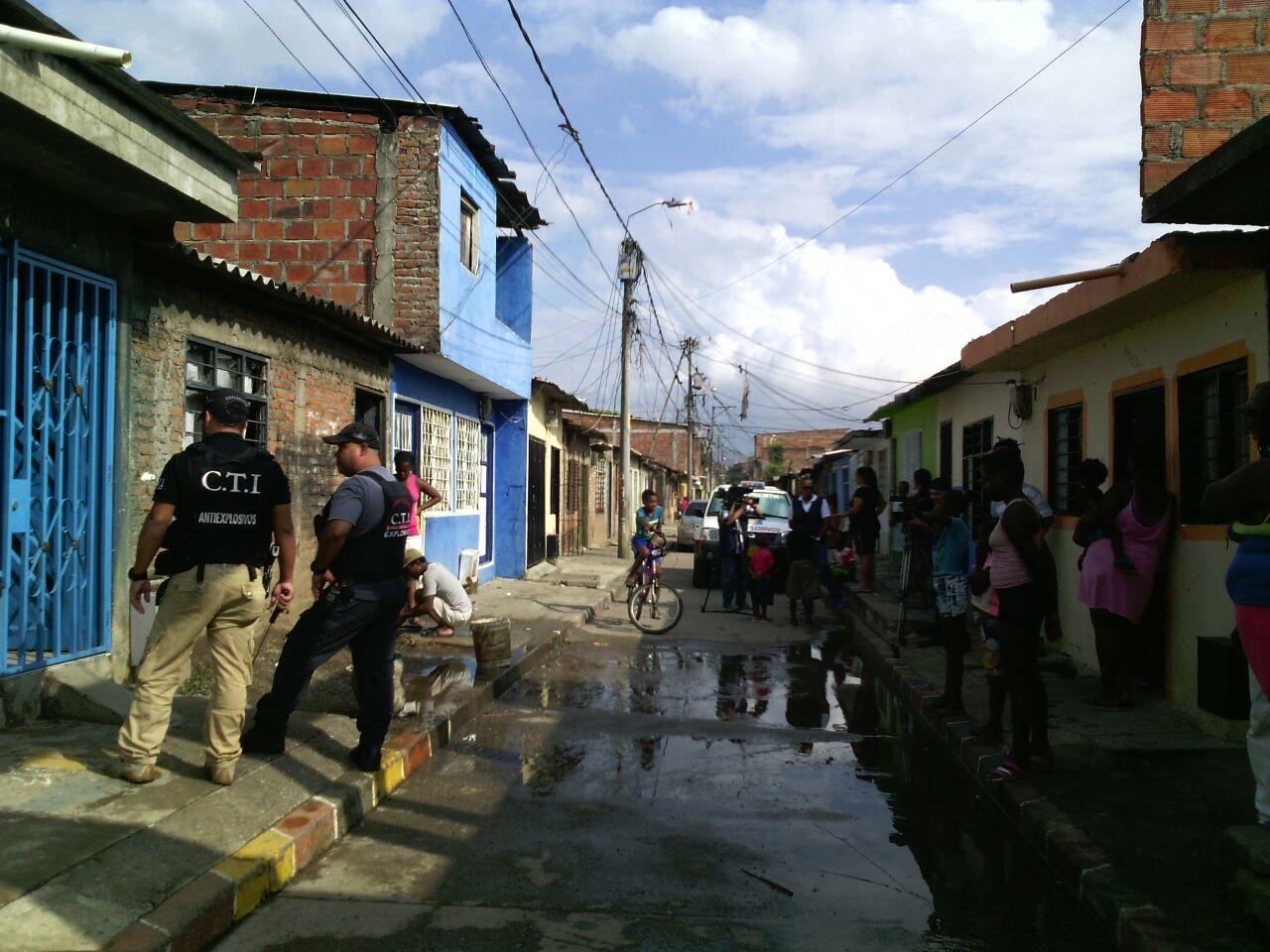 Tres heridos dejó explosión de granada en el barrio El Retiro