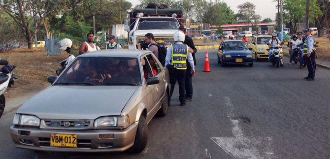 107 vehículos fueron inmovilizados en operativos de tránsito