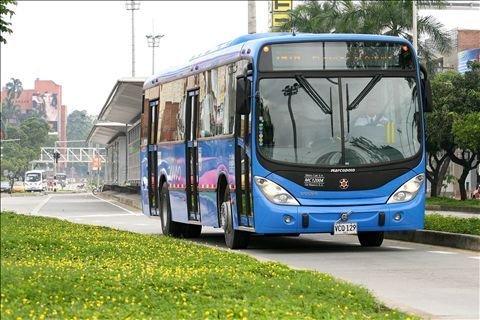 Transporte escolar podría movilizarse por carriles del Mío