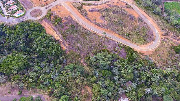 Residentes de Comuna 22 piden reforestar el Zanjón del Burro