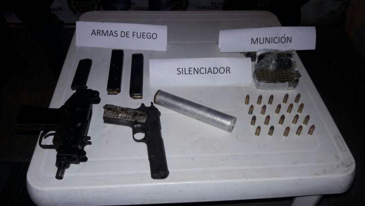 Autoridades incautaron armas que se encontraban en una 'caleta' electrónica