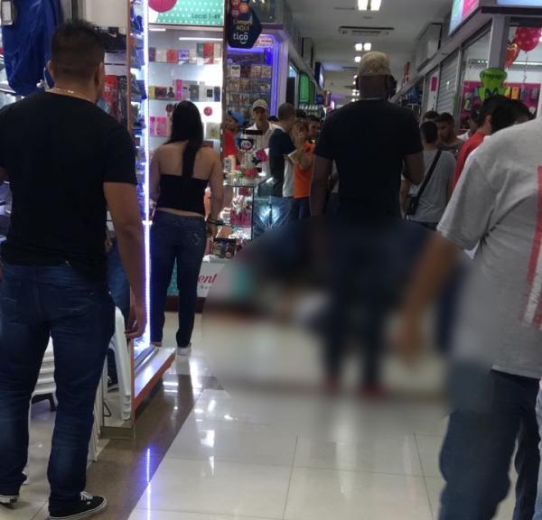 Dos muertos dejó atentado sicarial en centro comercial de Cali