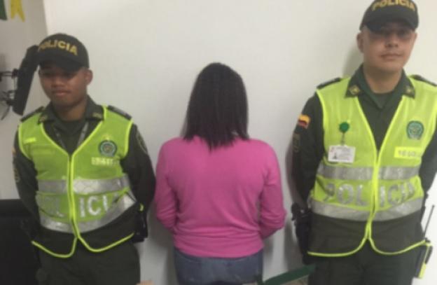 Capturada mujer por presunta complicidad de abuso sexual de sus hijas