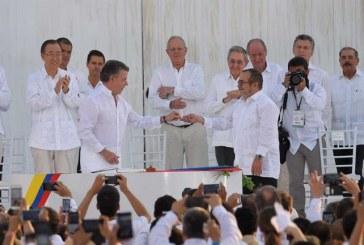 En Imágenes: Así se vivió el momento histórico de la firma oficial de los acuerdos de paz