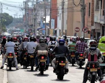 Tránsito de Cali asegura que no habrá Pico y Placa para motos