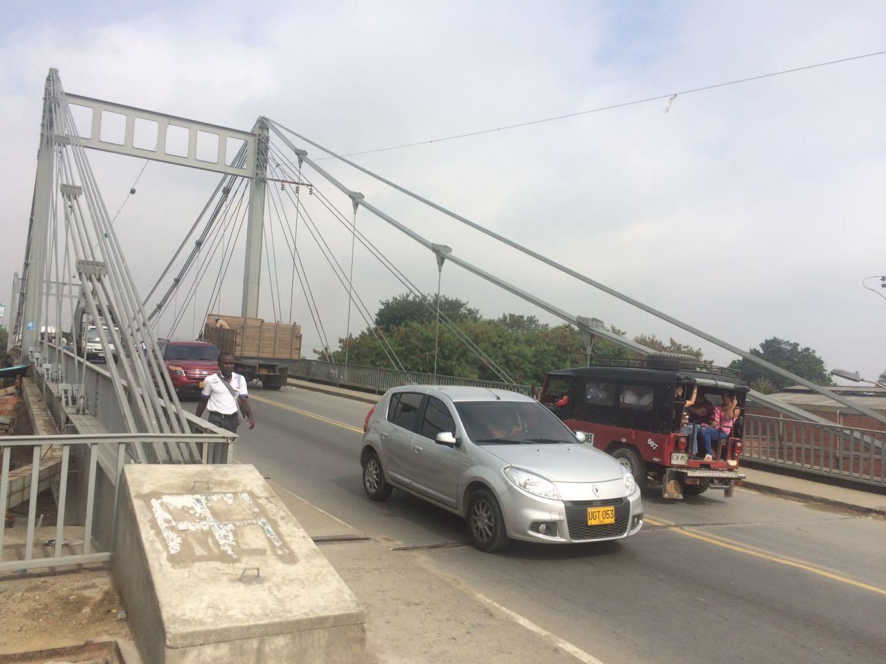 En dos meses inicia construcción de puente de Juanchito
