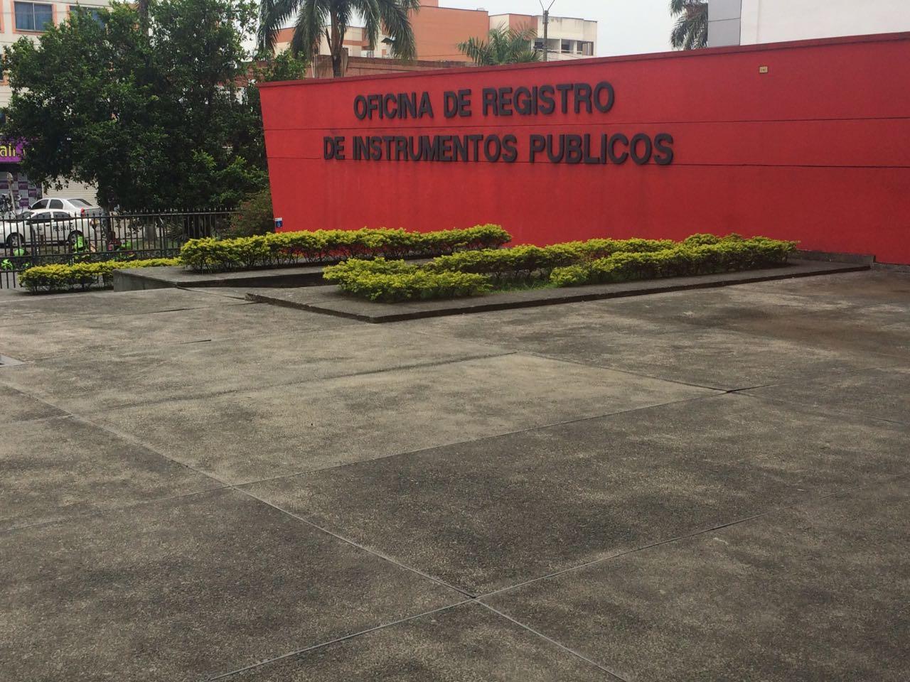 Oficina de Instrumentos Públicos lleva 5 días en paro laboral