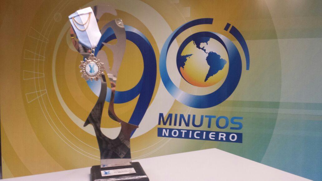 90 Minutos gana dos Premios al Talento y la Moda Vallecaucana