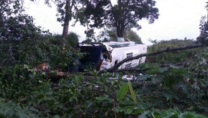 38 personas heridas deja un accidente de bus con destino a Bolivia