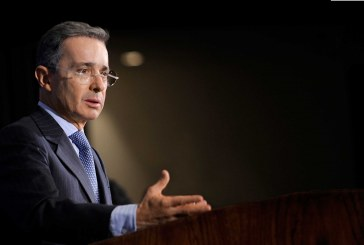 Expresidente Álvaro Uribe renuncia al Senado tras ser llamado a indagatoria