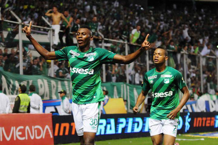 Deportivo Cali le ganó 2-0 al Junior de Barranquilla y llegó a 25 puntos