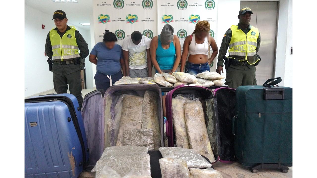Capturadas cuatro personas con 29 paquetes de marihuana en Buenaventura