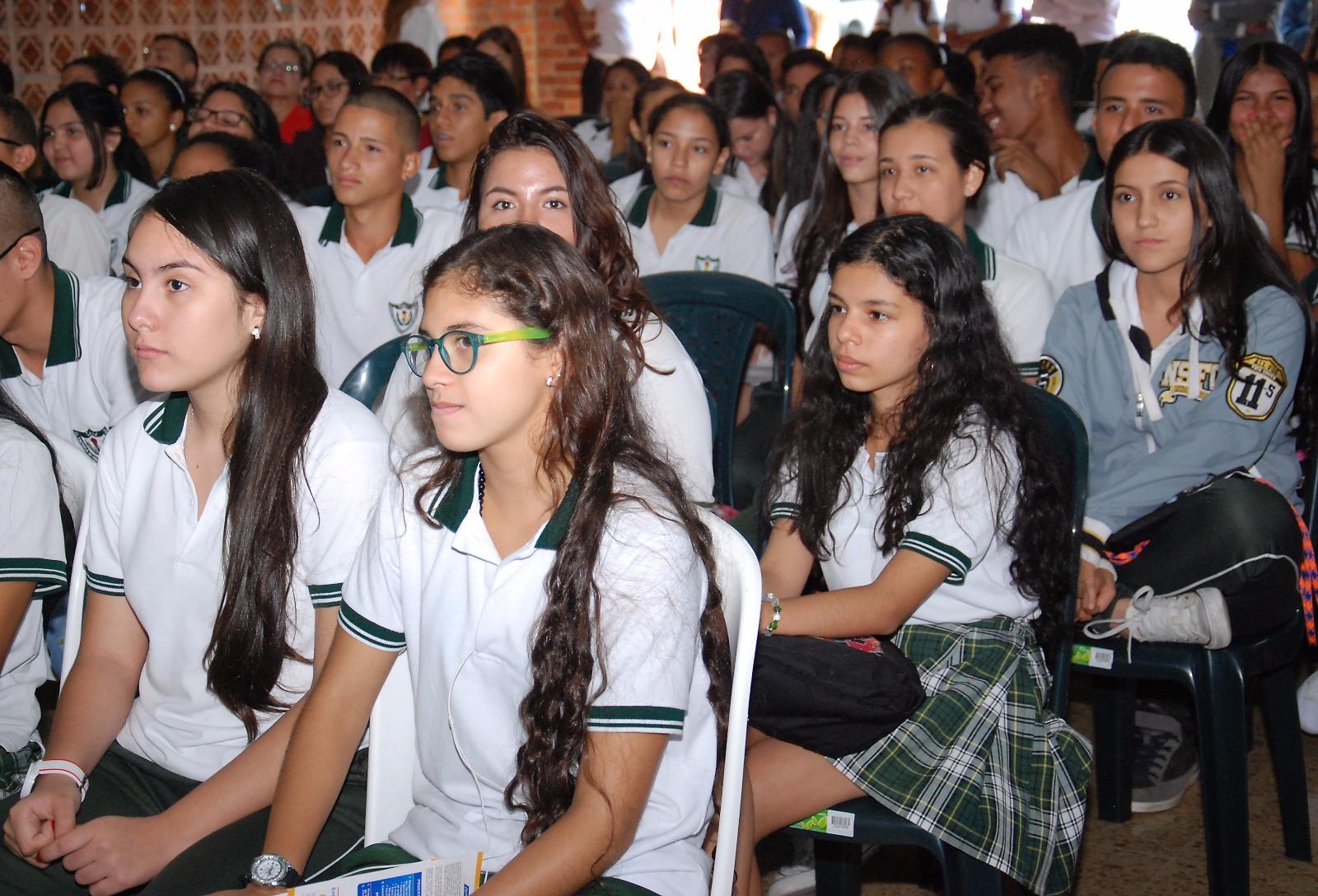 Disponibles 15 mil cupos en colegios oficiales del Valle para el 2017