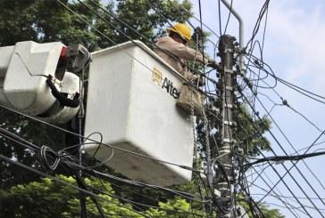 Hombre recibe descarga eléctrica al intentar hurtar cableado de EMCALI