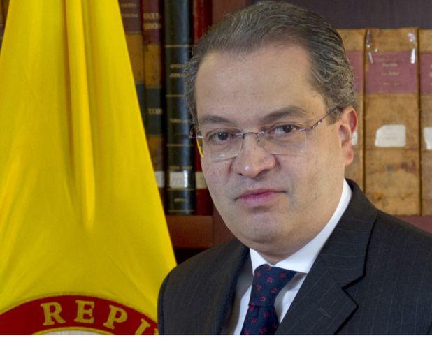 Fernando Carrillo fue elegido como el nuevo Procurador de Colombia