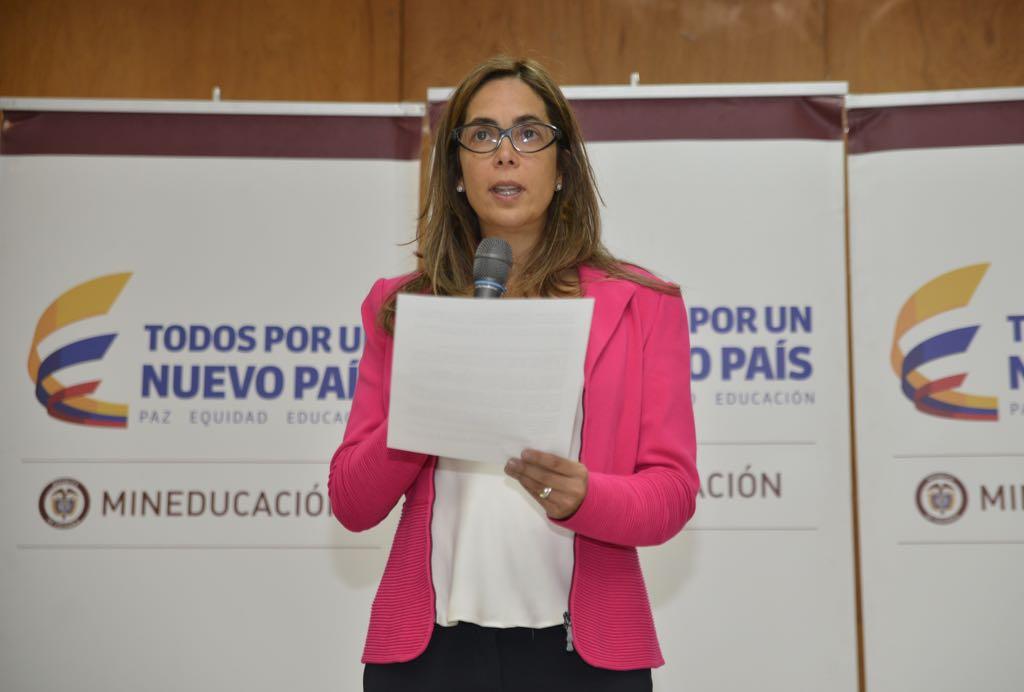 Gina Parody renunció a su cargo como Ministra de Educación
