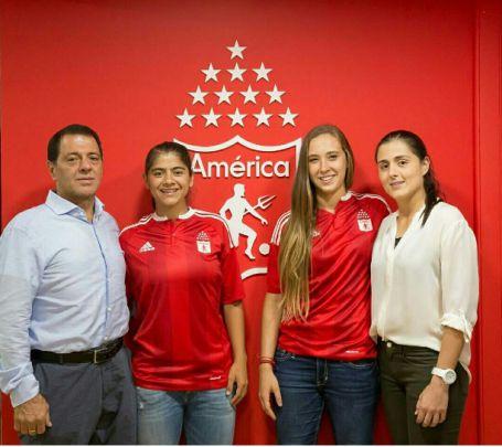 Nicole Regnier y Catalina Usme, caras de la liga femenina de fútbol
