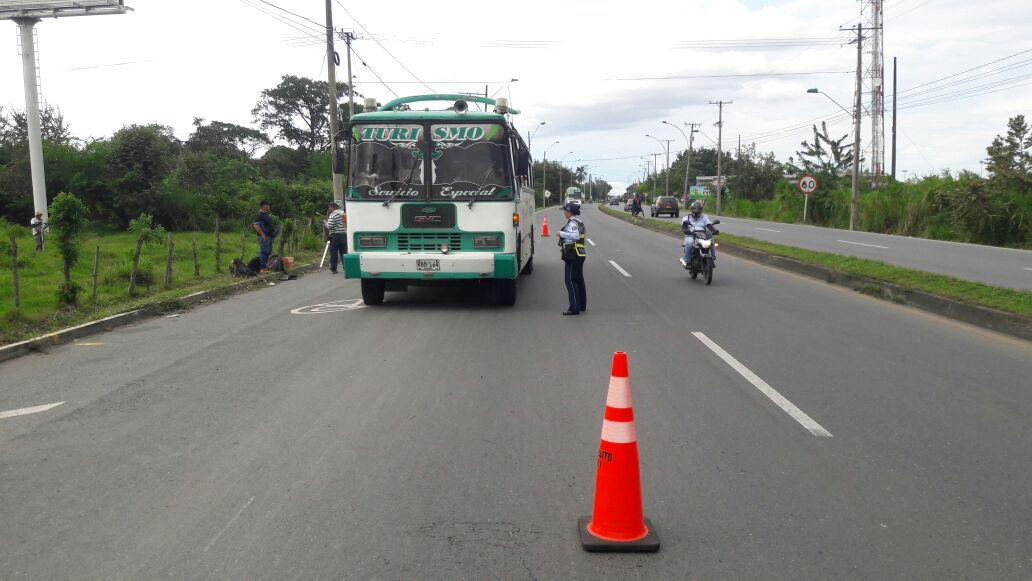 Avanzan operativos de tránsito en el Valle por puente festivo