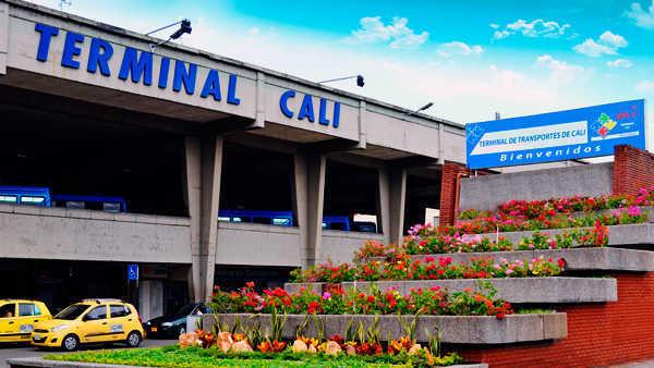 En video: Así fue la pelea entre funcionaros de la Terminal de Cali