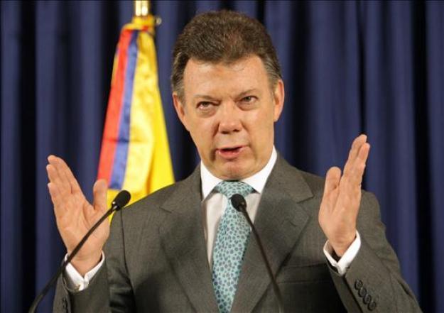 """Premio Nobel es un """"gran estímulo"""" para llegar a acuerdo de paz en Colombia: Santos"""