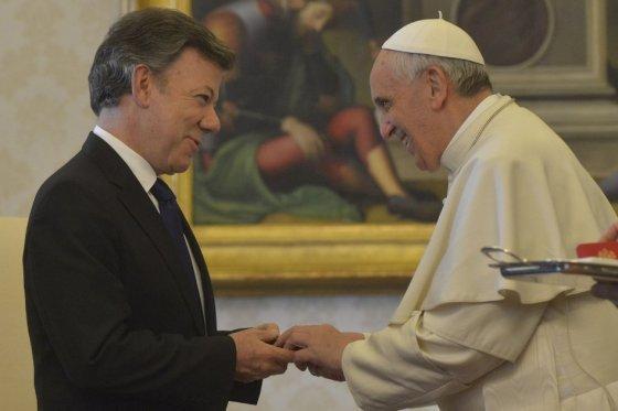 Presidente Santos se reunirá con el Papa Francisco en diciembre