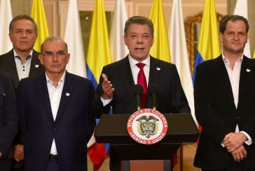 Santos ratifica a De la Calle y lo nombra en equipo negociador con oposición