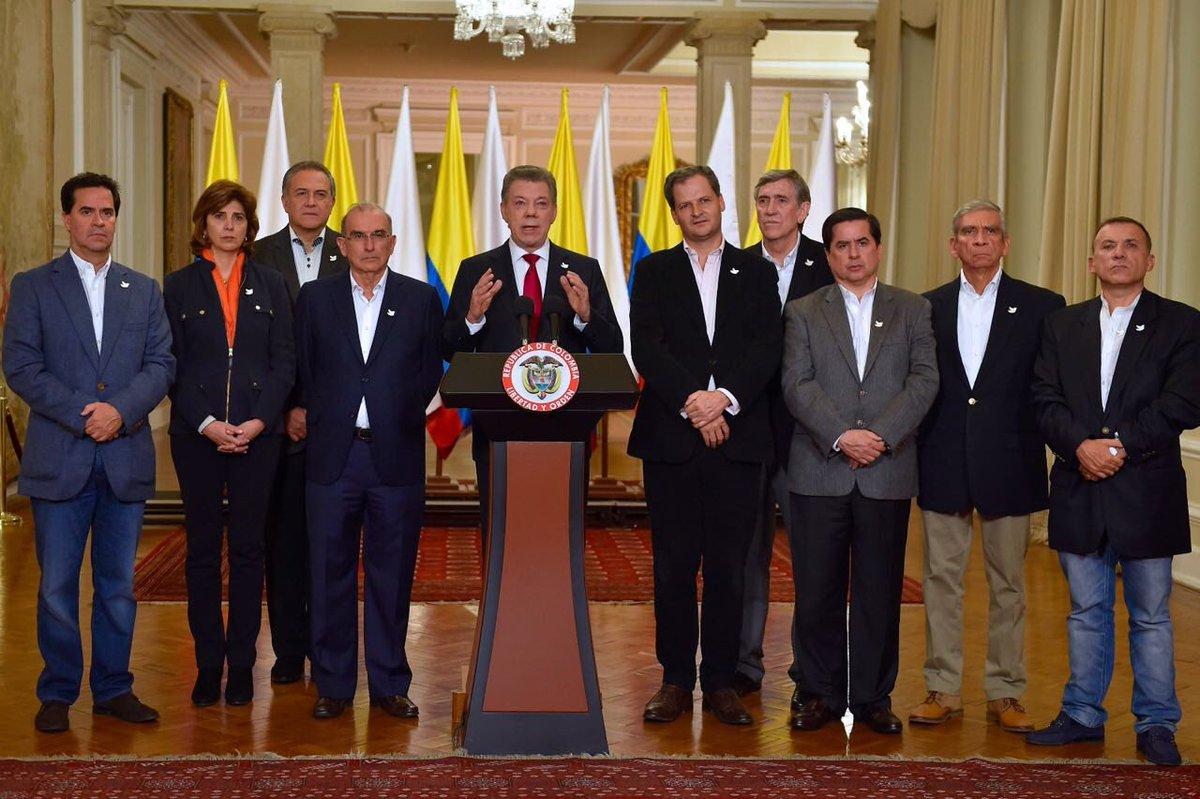 """Tras victoria del """"No"""" que se abre una """"nueva realidad política"""": Presidente Santos"""