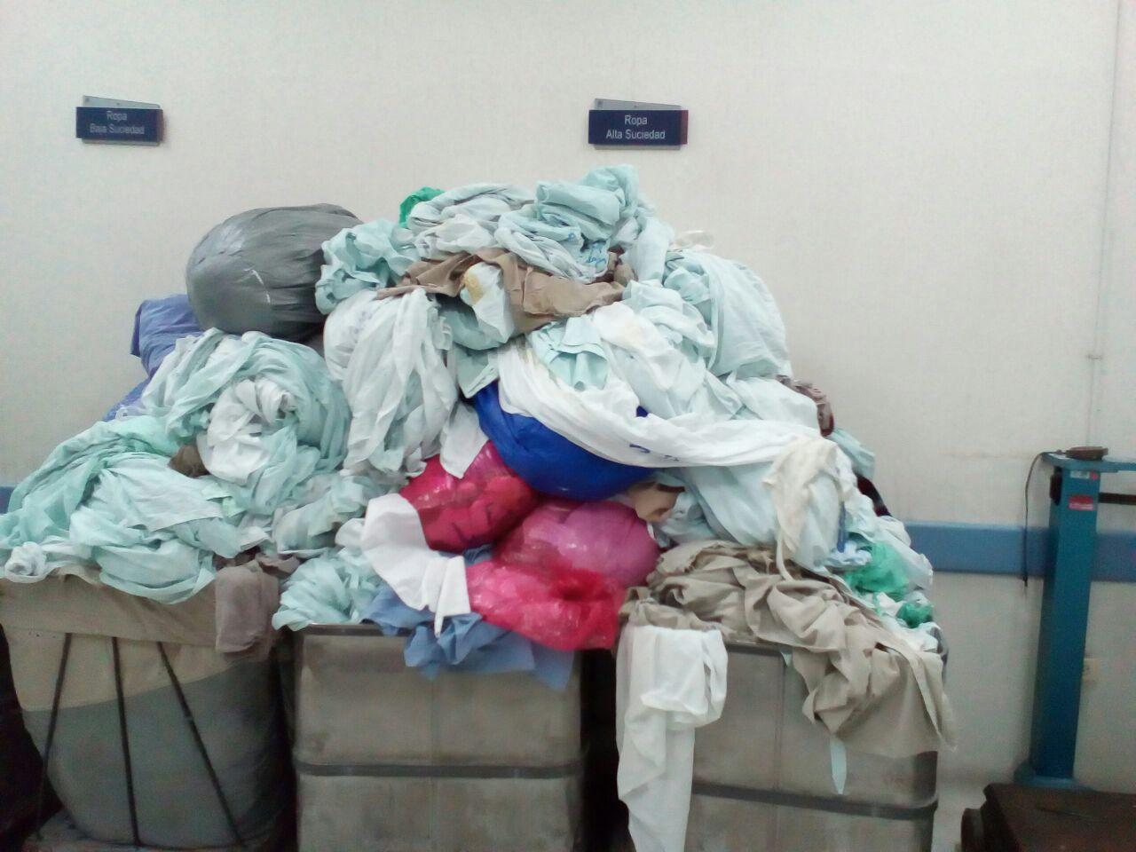 Denuncian que área de lavandería del HUV colapsa por falta de personal