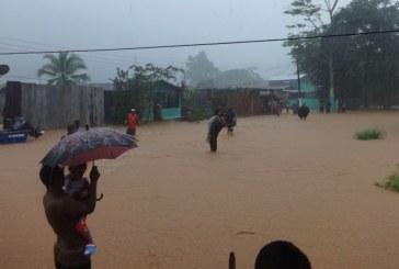 Armada Nacional atiende damnificados por ola invernal en Chocó
