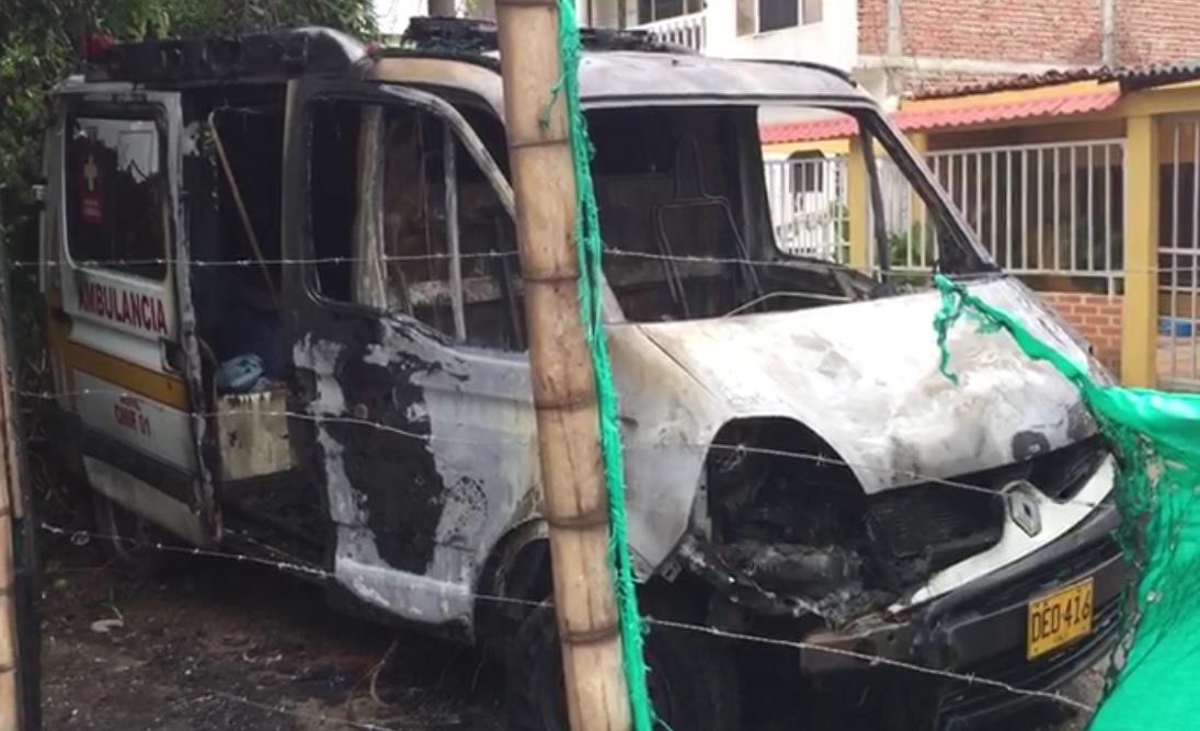 Incendian con bomba molotov una ambulancia en Jamundí