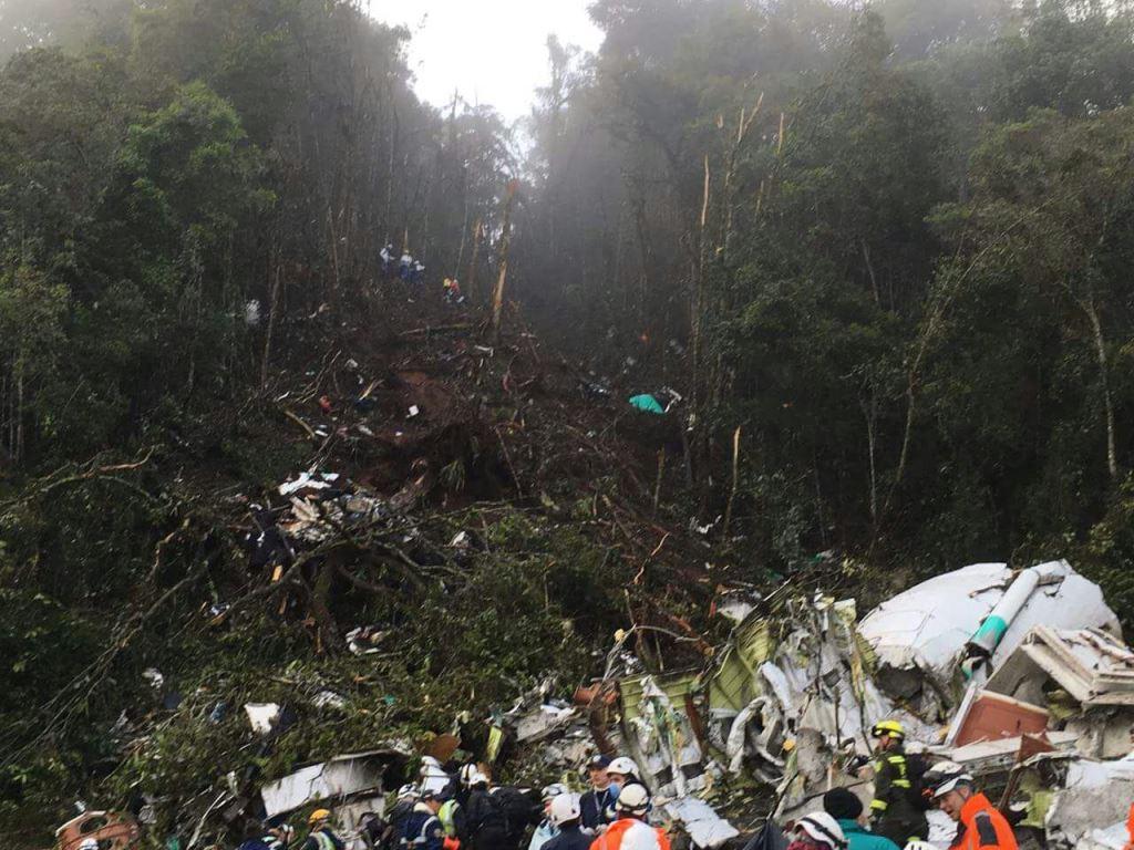 Condiciones meteorológicas dificultan traslado de víctimas de accidente aéreo
