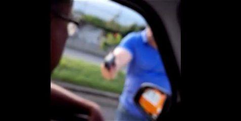 Con arma de fuego conductor intimida a otro en el sur de Cali