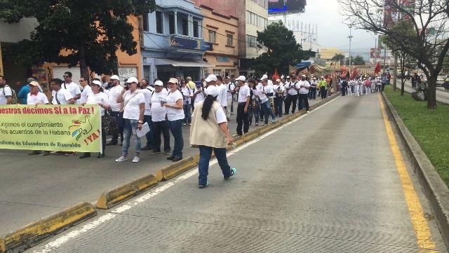 Desvíos por movilización por la paz y contra reforma tributaria en la Calle 5ta