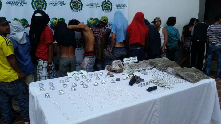 Detienen 29 integrantes de la banda Los Paisas en Santa Elena