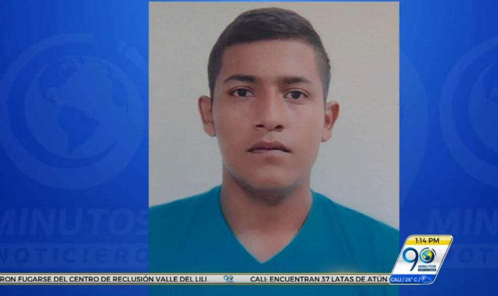 Familia de taxista desaparecido claman para recibir noticias de su hijo