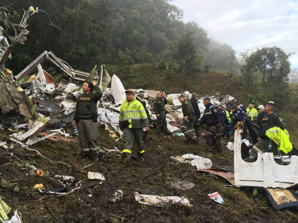 Identificación de víctimas de avión de Chapecoense demorará de dos a tres días